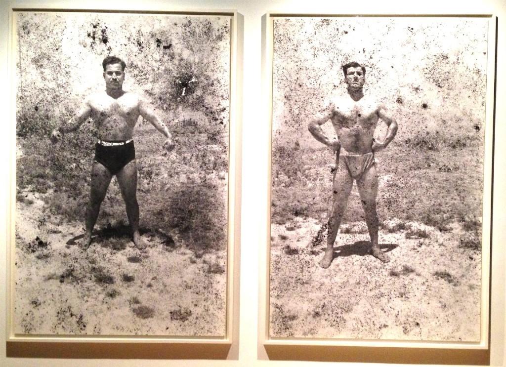Vücut Geliştirici 5, 6, Akram Zaatari, Hasarlı negatiften basılmış Hashem el Madani foto-raflar-, Sayda, 1948-2011