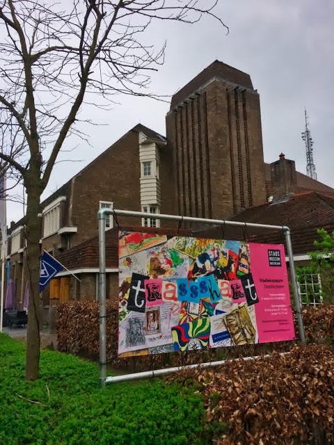 museum met spandoek