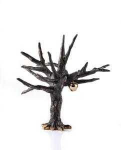 11-Altın Elma, 2018, bronz, altın kaplama elma, 36x39x37 cm.