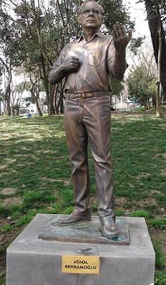 Ataol Behramoğlu Anıtı